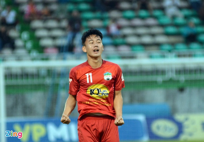 CLB Quang Ninh thang Hai Phong 1-0, CLB Thanh Hoa danh bai Long An 2-0 hinh anh 4