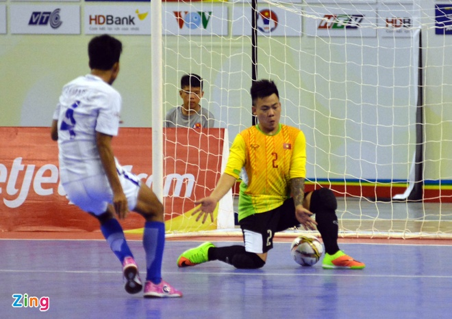 DT futsal VN thua soc Malaysia 1-5 o ban ket Dong Nam A hinh anh 23