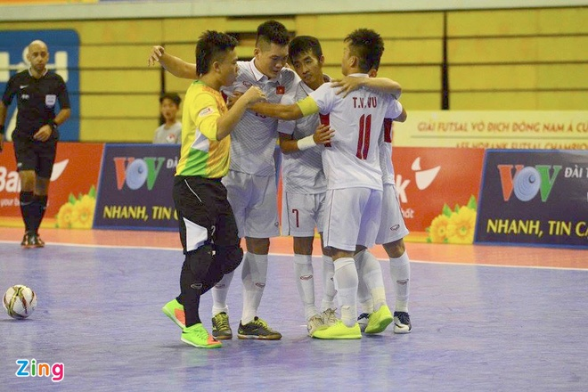 DT futsal VN thua soc Malaysia 1-5 o ban ket Dong Nam A hinh anh 4