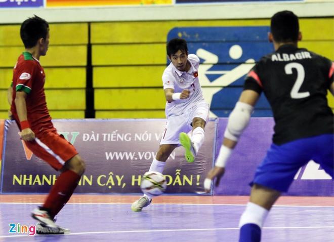 DT futsal VN thua soc Malaysia 1-5 o ban ket Dong Nam A hinh anh 7