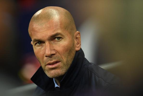 Zidane phu nhan Real roi vao khung hoang hinh anh