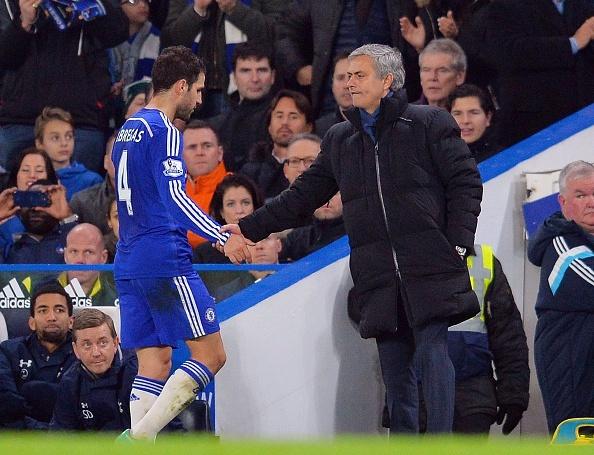Fabregas mat ngu khi HLV Mourinho bi sa thai hinh anh 1