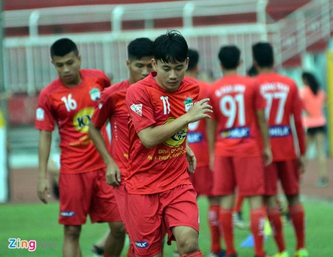 HAGL thang CLB Sai Gon 2-1, CLB Long An chinh thuc xuong hang hinh anh 11