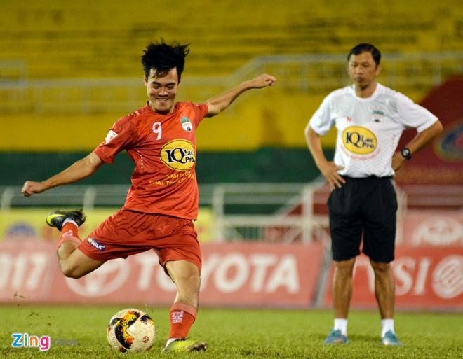 HAGL thang CLB Sai Gon 2-1, CLB Long An chinh thuc xuong hang hinh anh 9