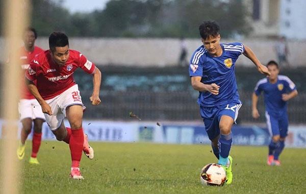 HLV Hoang Van Phuc mung phat khoc khi CLB Quang Nam len ngoi dau hinh anh 22
