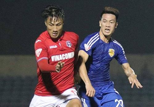 HLV Hoang Van Phuc mung phat khoc khi CLB Quang Nam len ngoi dau hinh anh
