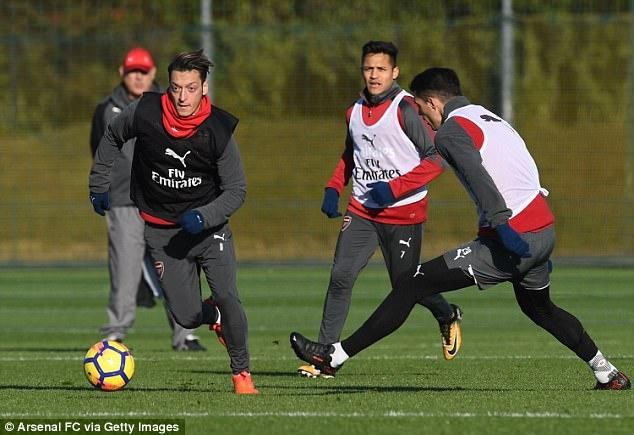CDV Arsenal don tin vui truoc tran derby London hinh anh 1