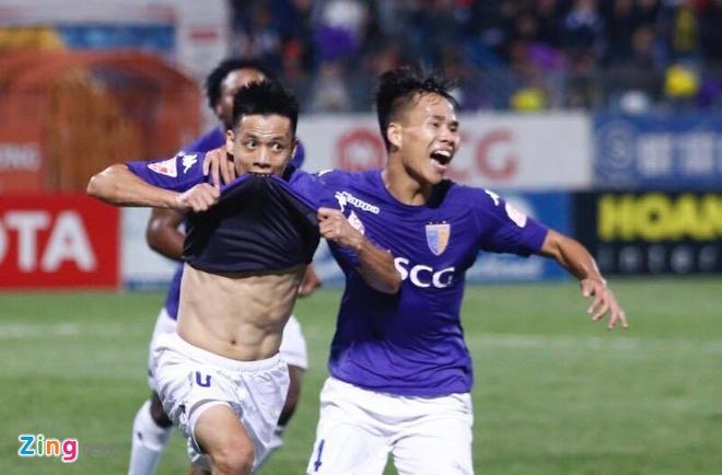 Bau Hien cuoi hanh phuc khi CLB Ha Noi thang doi Quang Nam 1-0 hinh anh 24