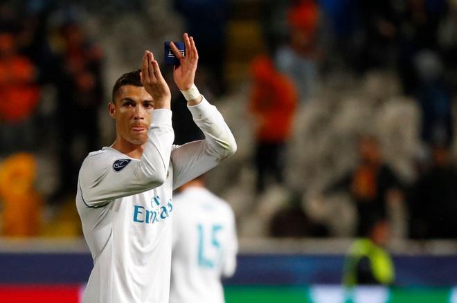 Fan cuong bi ngan can tiep can Ronaldo anh 6