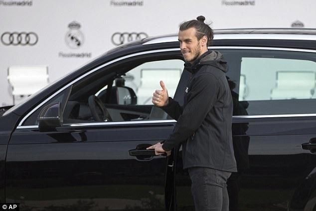Ronaldo nhan xe sang anh 5