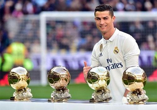 Pique, Hazard du doan Ronaldo gianh Qua bong vang hinh anh
