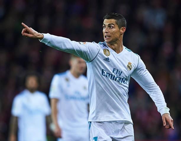 HLV Zidane: 'Van con 6 thang, co nhieu thoi gian cho Ronaldo' hinh anh 1