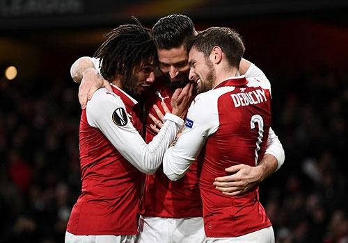 Arsenal thang 6-0 trong tran khan gia den Emirates thap ky luc hinh anh