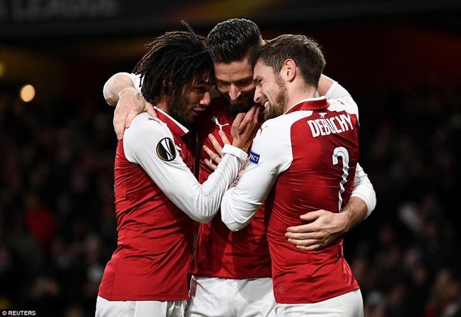 Southampton vs Arsenal (1-1): Giroud danh dau cuu 'Phao thu' hinh anh 3