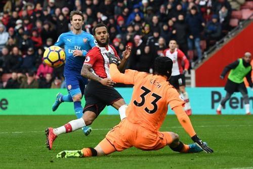 Southampton vs Arsenal (1-1): Giroud danh dau cuu 'Phao thu' hinh anh 25
