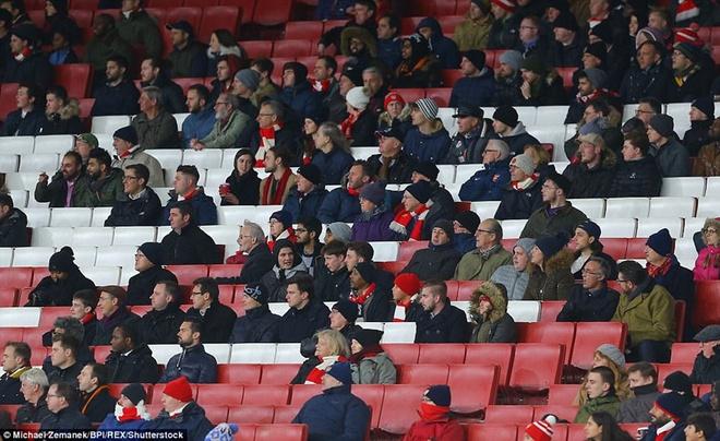 Southampton vs Arsenal (1-1): Giroud danh dau cuu 'Phao thu' hinh anh 4