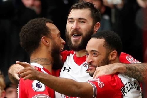 Southampton vs Arsenal (1-1): Giroud danh dau cuu 'Phao thu' hinh anh 17