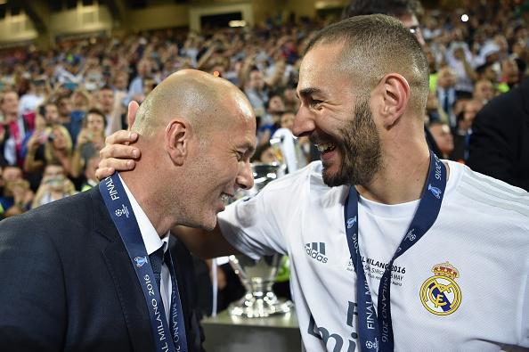 HLV Zidane: 'Toi se bao ve Benzema den chet' hinh anh 1