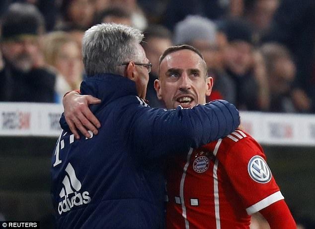Bayern danh bai Dortmund 2-1, vao tu ket cup quoc gia Duc hinh anh 10