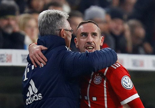 Bayern danh bai Dortmund 2-1, vao tu ket cup quoc gia Duc hinh anh