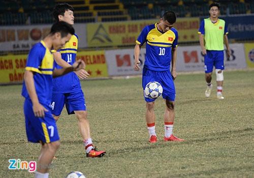 Tran U21 Viet Nam vs U21 Yokohama anh 10