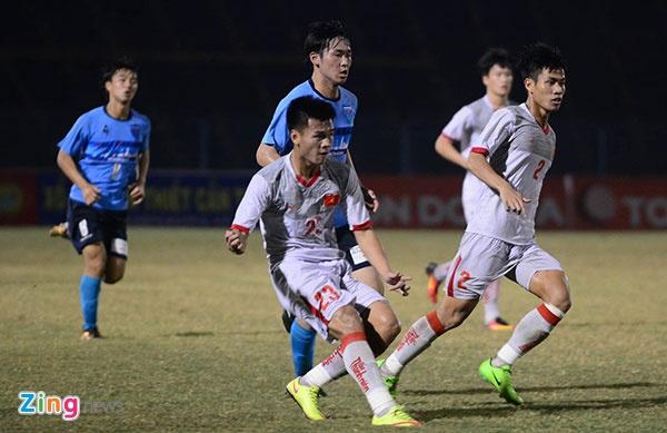 Tran U21 Viet Nam vs U21 Yokohama anh 1