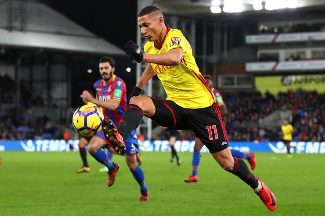 Nhung thuong vu beo bo o Premier League nam 2017 hinh anh 9