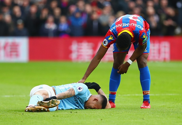 Crystal Palace 0-0 Man City: Doi cua Guardiola thoat thua o phut 90+2 hinh anh 1