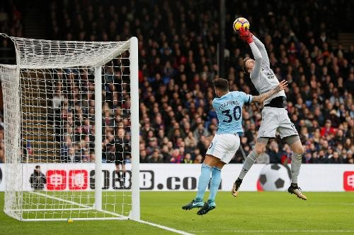 Crystal Palace 0-0 Man City: Doi cua Guardiola thoat thua o phut 90+2 hinh anh 22