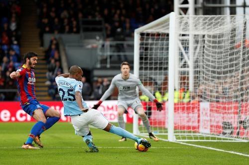 Crystal Palace 0-0 Man City: Doi cua Guardiola thoat thua o phut 90+2 hinh anh 29