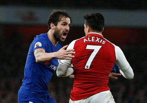 Bellerin ghi ban phut 90+2, Arsenal hoa kich tinh Chelsea hinh anh