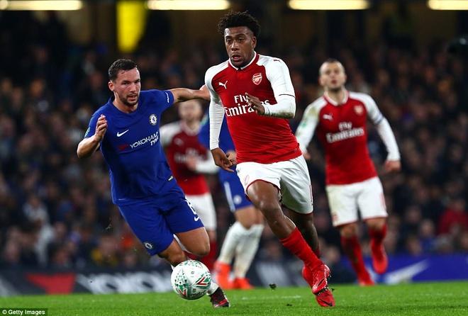 Arsenal hoa Chelsea nho thu mon Ospina va cot doc hinh anh 6