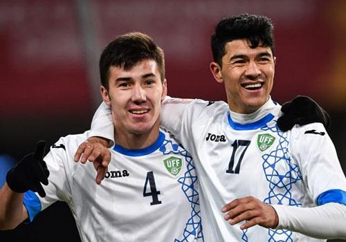 Uzbekistan gay bat ngo khong kem U23 VN o giai chau A hinh anh