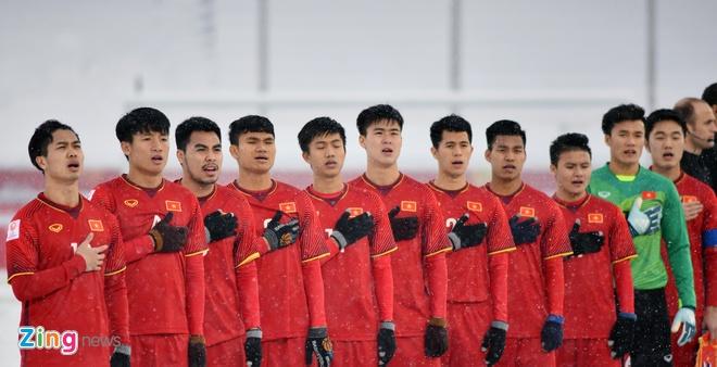 Gan nua doi hinh U23 Viet Nam tap trung muon hinh anh 1