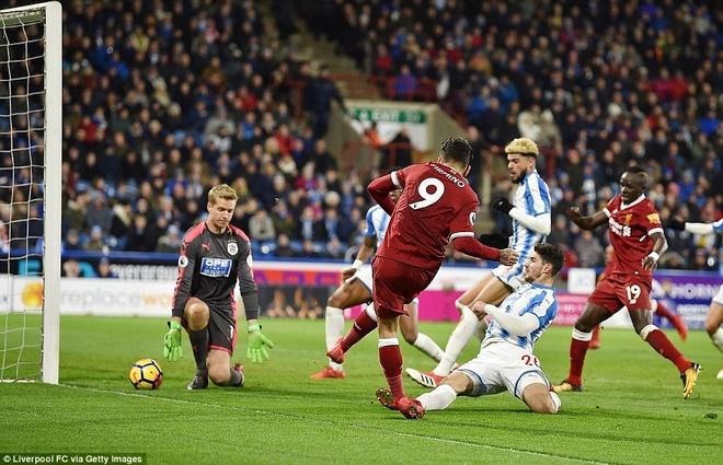 HLV Klopp so tai voi ban than, Liverpool thang Huddersfield 3-0 hinh anh 4
