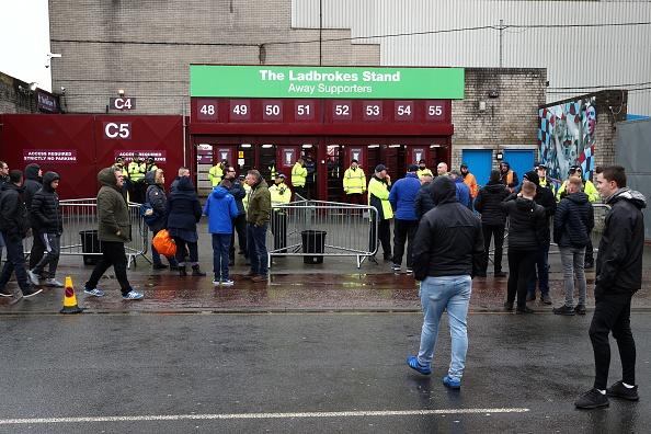 Burnley 1-1 Man City: Sterling dut diem te, HLV Guardiola tuc gian hinh anh 13