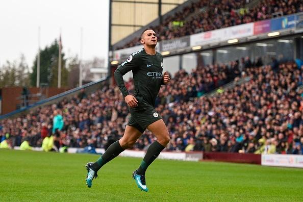 Burnley 1-1 Man City: Sterling dut diem te, HLV Guardiola tuc gian hinh anh 22