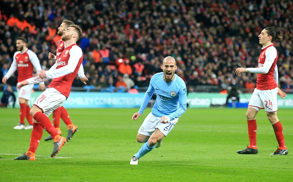 Man City vs Arsenal (3-0): Pep Guardiola co danh hieu dau tien o Anh hinh anh