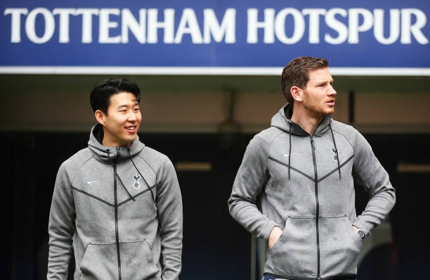 Tottenham 2-0 Huddersfield: Ngoi sao Han Quoc ghi cu dup ban thang hinh anh 9