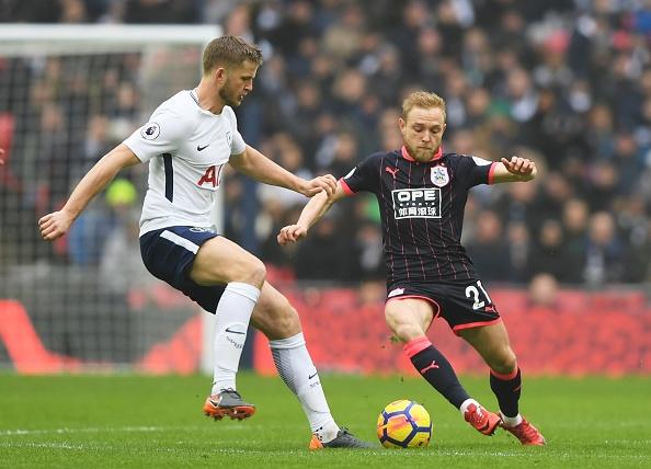 Tottenham 2-0 Huddersfield: Ngoi sao Han Quoc ghi cu dup ban thang hinh anh 18