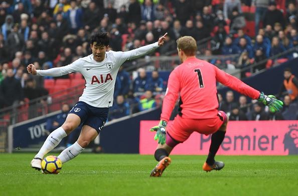 Tottenham 2-0 Huddersfield: Ngoi sao Han Quoc ghi cu dup ban thang hinh anh 20
