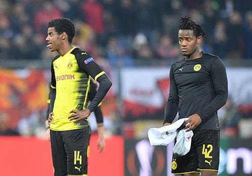 Dortmund gay that vong khi bi loai khoi Europa League hinh anh