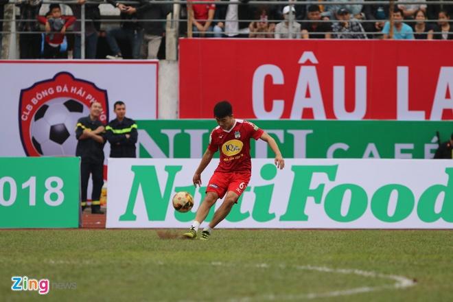 CLB Hai Phong 1-1 HAGL: Xuan Truong da phat dep mat hinh anh 18