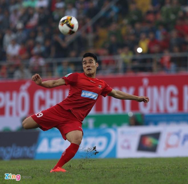 CLB Hai Phong 1-1 HAGL: Xuan Truong da phat dep mat hinh anh 23