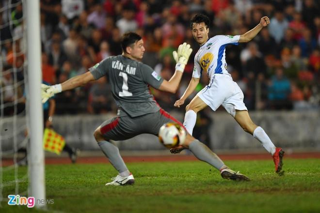 CLB Hai Phong 1-1 HAGL: Xuan Truong da phat dep mat hinh anh 38