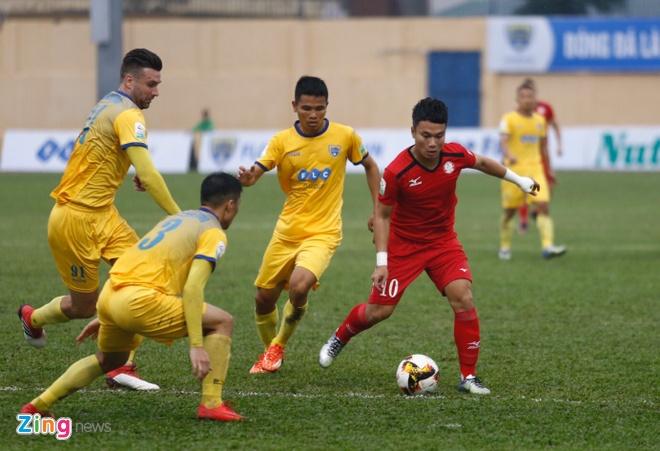 CLB Thanh Hoa 1-0 CLB TP.HCM: Tien Dung kien tao, Dinh Tung ghi ban hinh anh 16