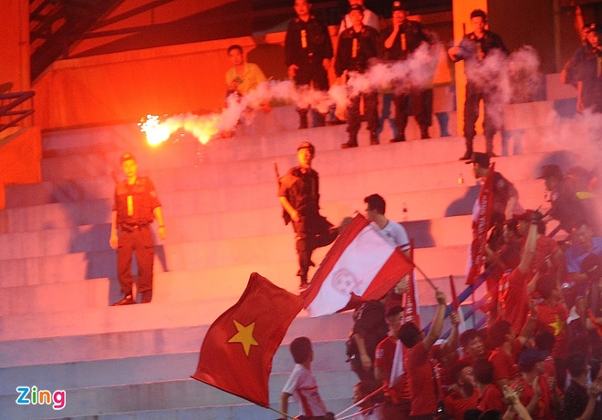 CLB Thanh Hoa 1-0 CLB TP.HCM: Tien Dung kien tao, Dinh Tung ghi ban hinh anh 6