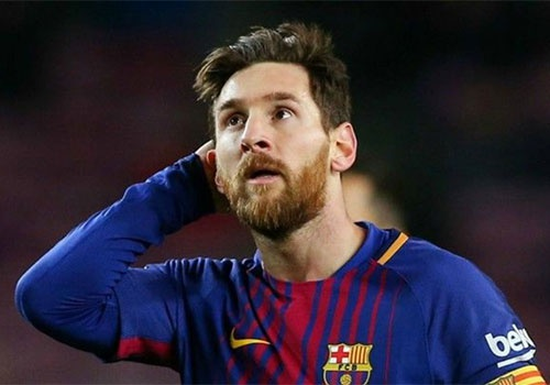 Lionel Messi tiet lo ly do khong the ra san hinh anh