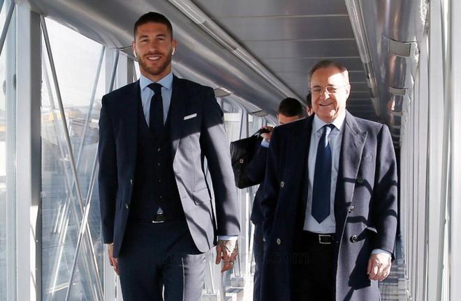 Ronaldo lich lam len duong da Champions League hinh anh 3