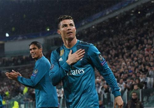 Hay nga mu truoc Cristiano Ronaldo hinh anh